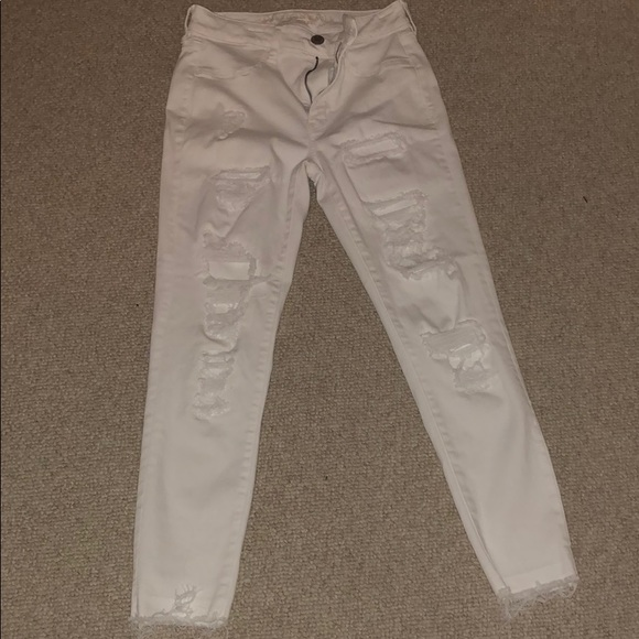 American Eagle Outfitters Denim - American Eagle White Jeans